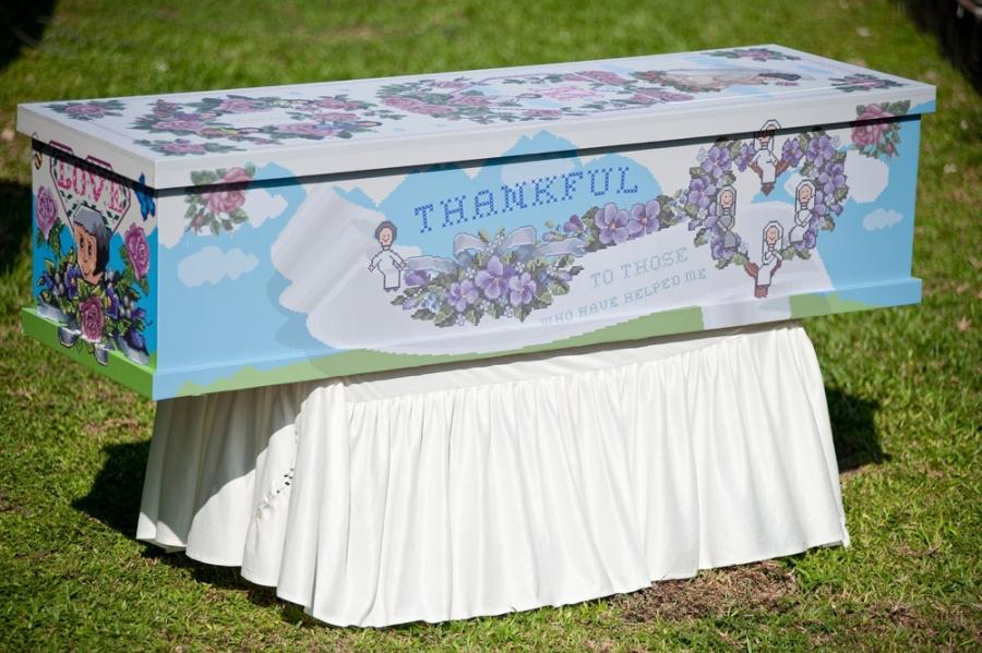 100913IPDN-LF-HappyCoffinDay-Coffins_D7C2279-900x599