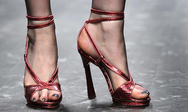 high-heels-1_676430n