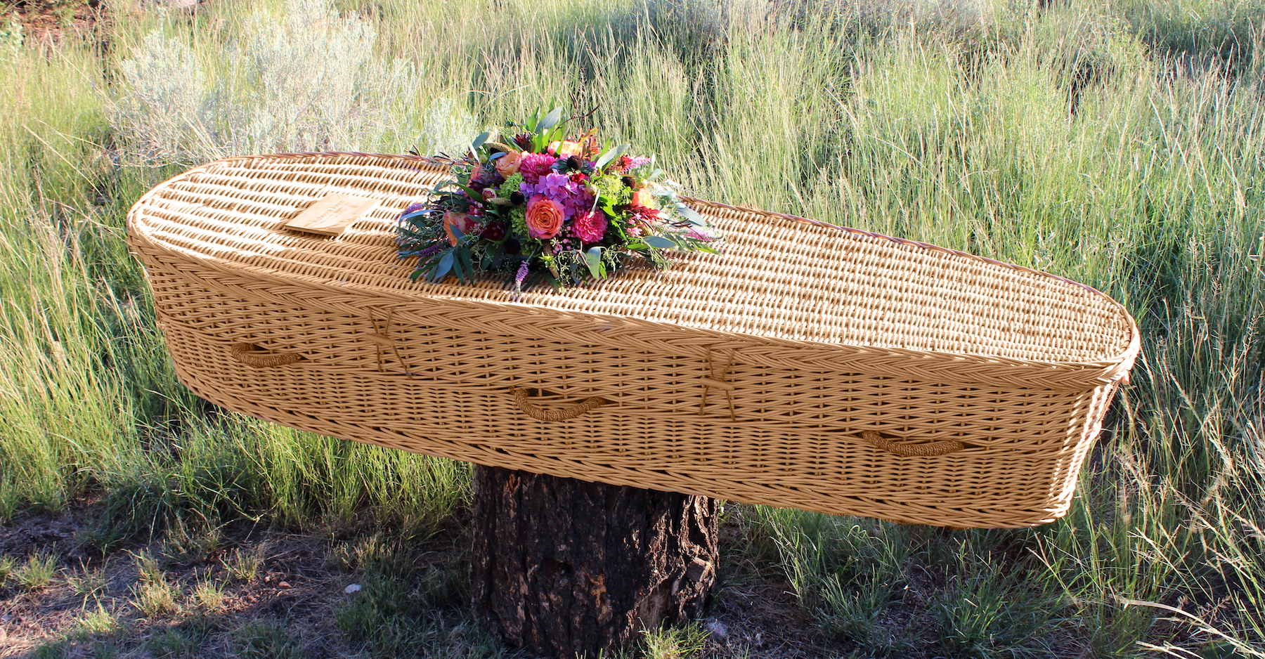 eco-friendly casket | Passages International