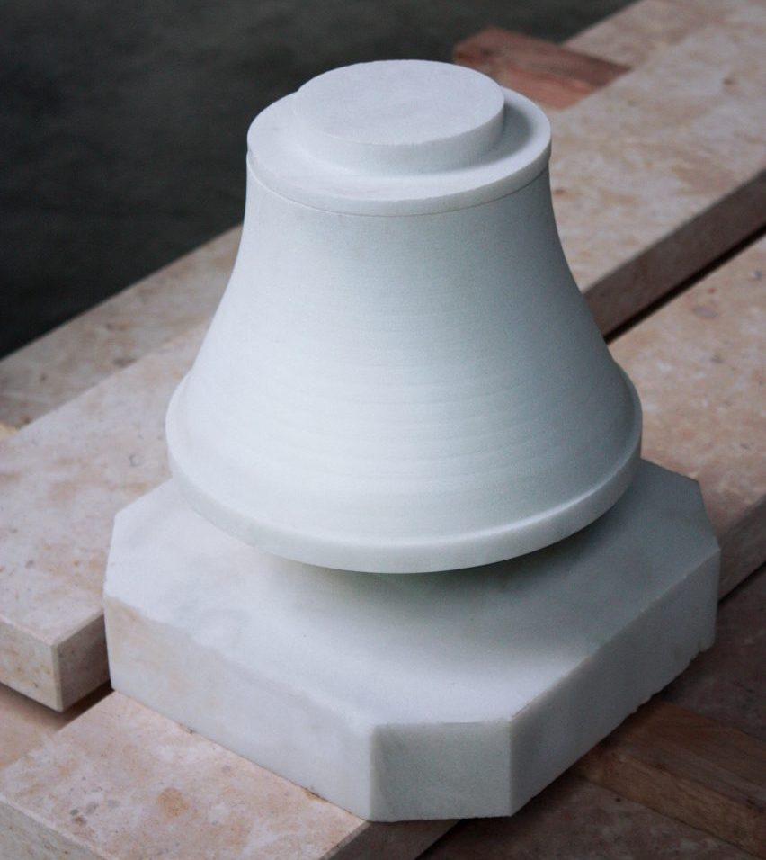 modern urn | Maria Tyakina