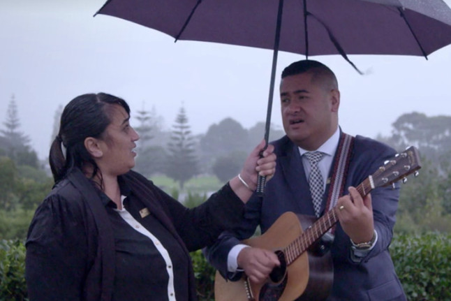 Francis Tipene and Fiona singing