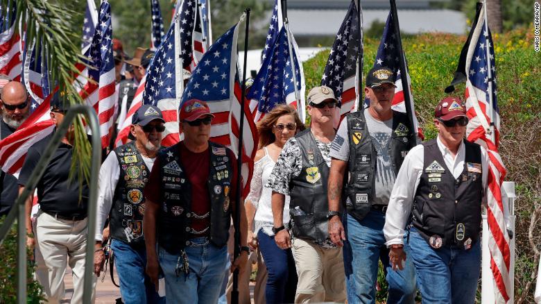 Veterans service for Edward Pearson