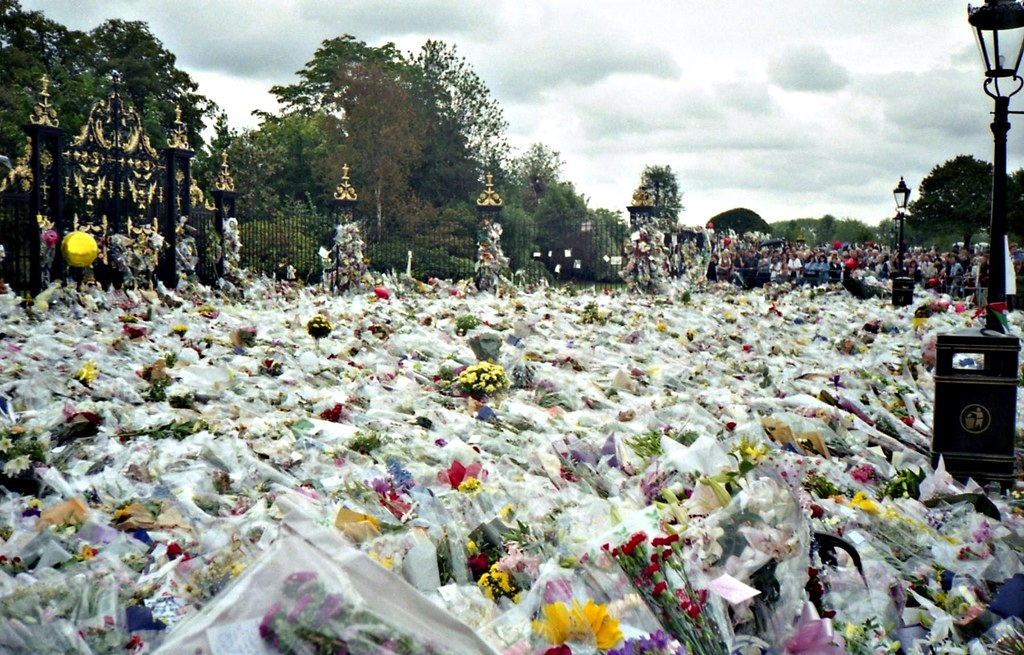 Floral tribute to Princess Diana