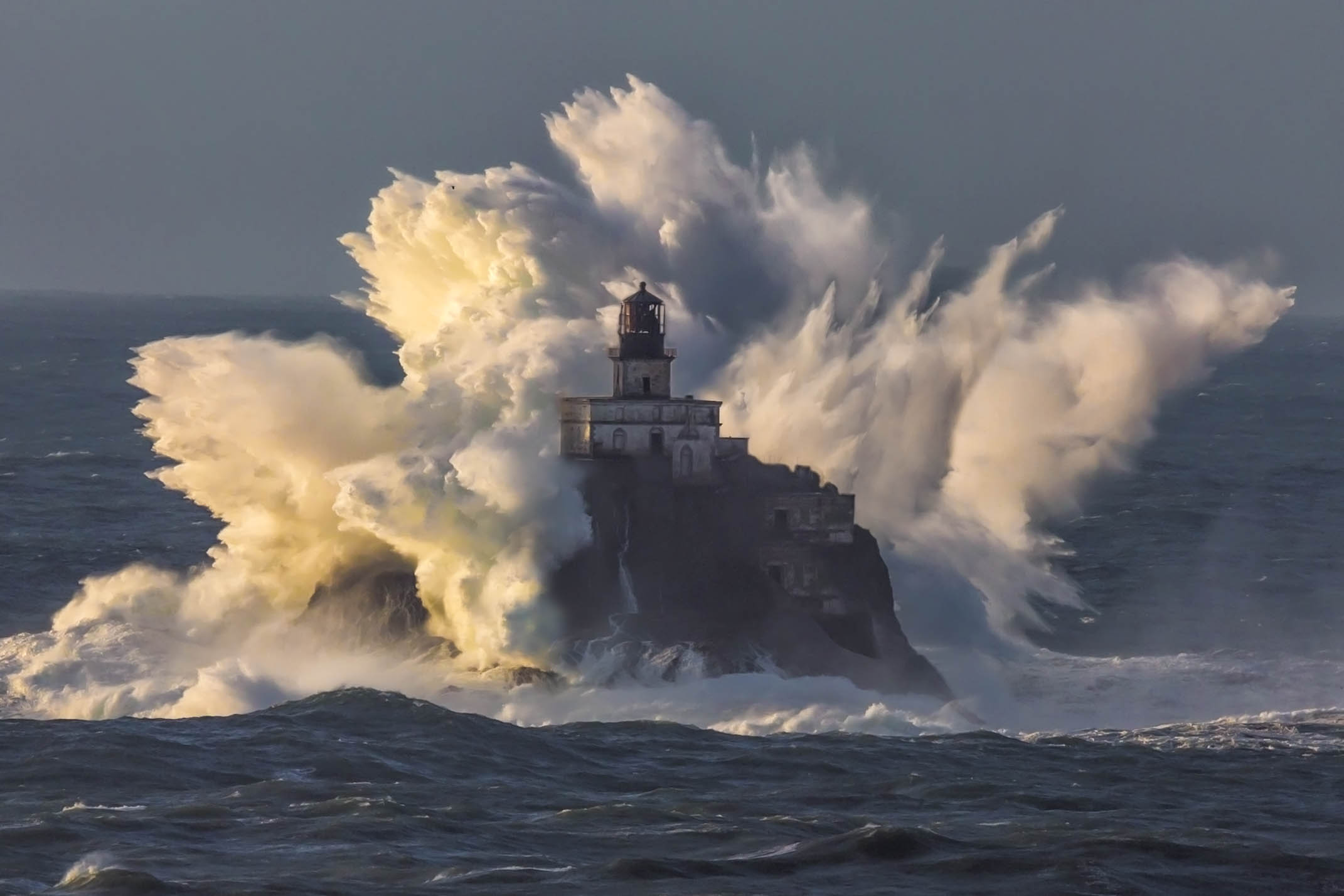 Tillamook Waves